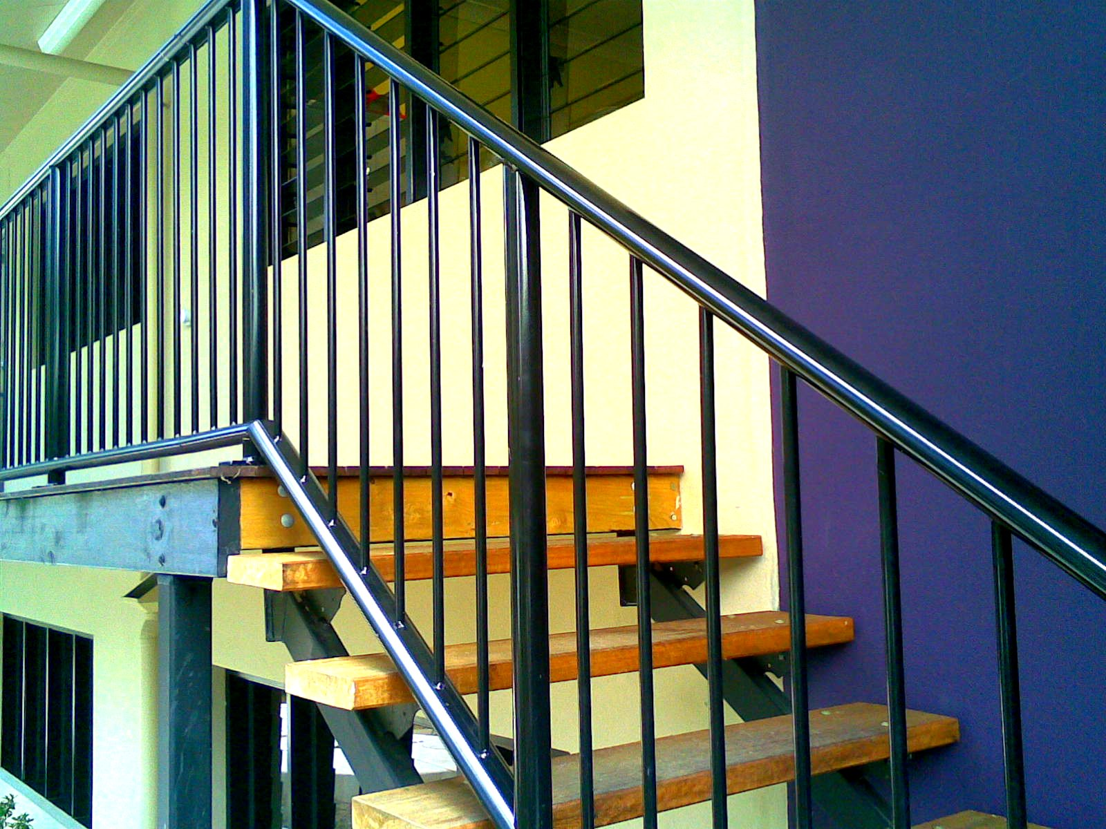 STANDARD BALUSTRADE RAILS AND STAIR RAILS